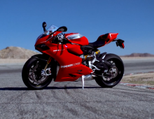 A Look at Ducati's 1199 Panigale S – WIRED